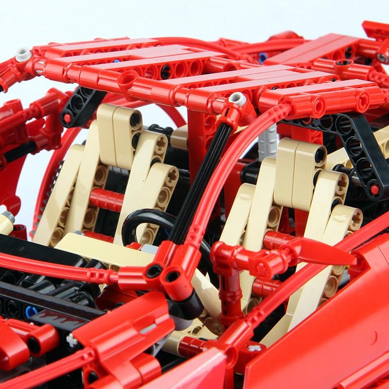 3333 Decool Ferrari 599 GTB Fiorano 1:10