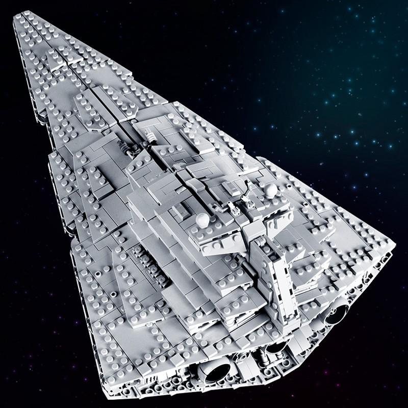 21007 MOULD KING Имперский звёздный разрушитель над Джеда-Сити